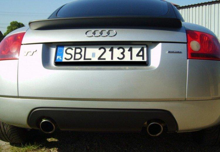 Oklejanie Auta Audi TT Folią Czarny Mat