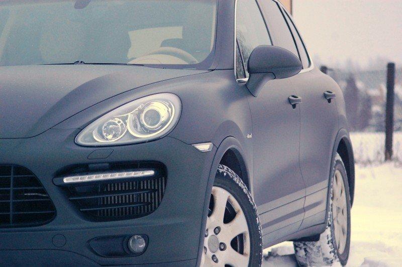 Oklejanie Samochodu Porsche Folią Czarny Mat
