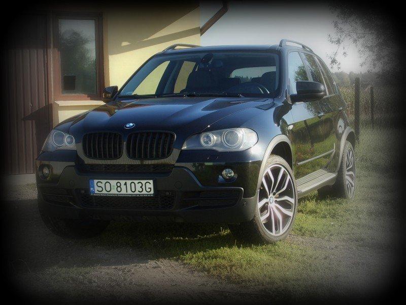 Oklejanie Samochodów BMW Folią