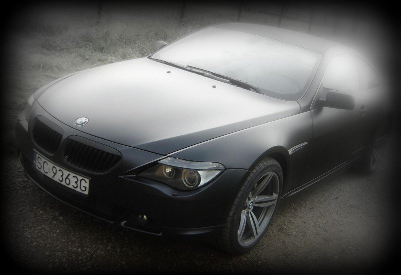 Oklejanie Samochodu BMW Folią Czarny Mat