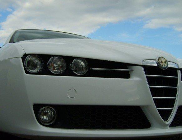 Oklejanie Aut Folią Alfa Romeo