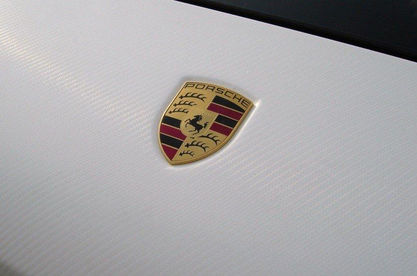 Oklejenie Maski Samochodu Porsche