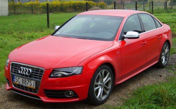 Zmiana Koloru Pojazdu Audi S4