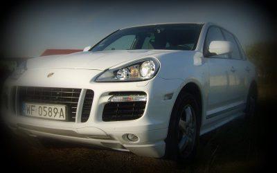Zmiana koloru auta Porsche Cayenne GTS