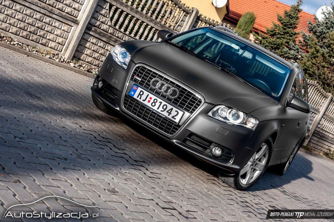 Oklejanie Folią Audi A4 Szary Metalik
