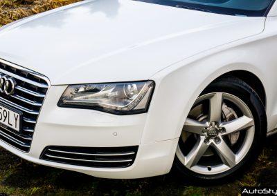 Audi A8 Folia Avery White Diamond