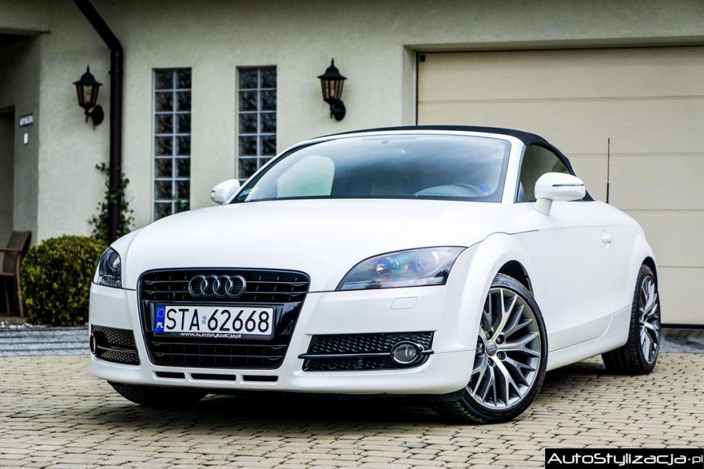 Oklejenie Audi TT Folią Biała Perła