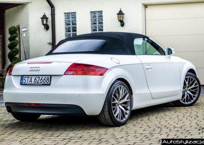 Audi TT Folia Avery Satin Pearl White