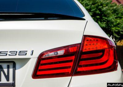 Car Wrapping BMW 5 Satin Pearl White