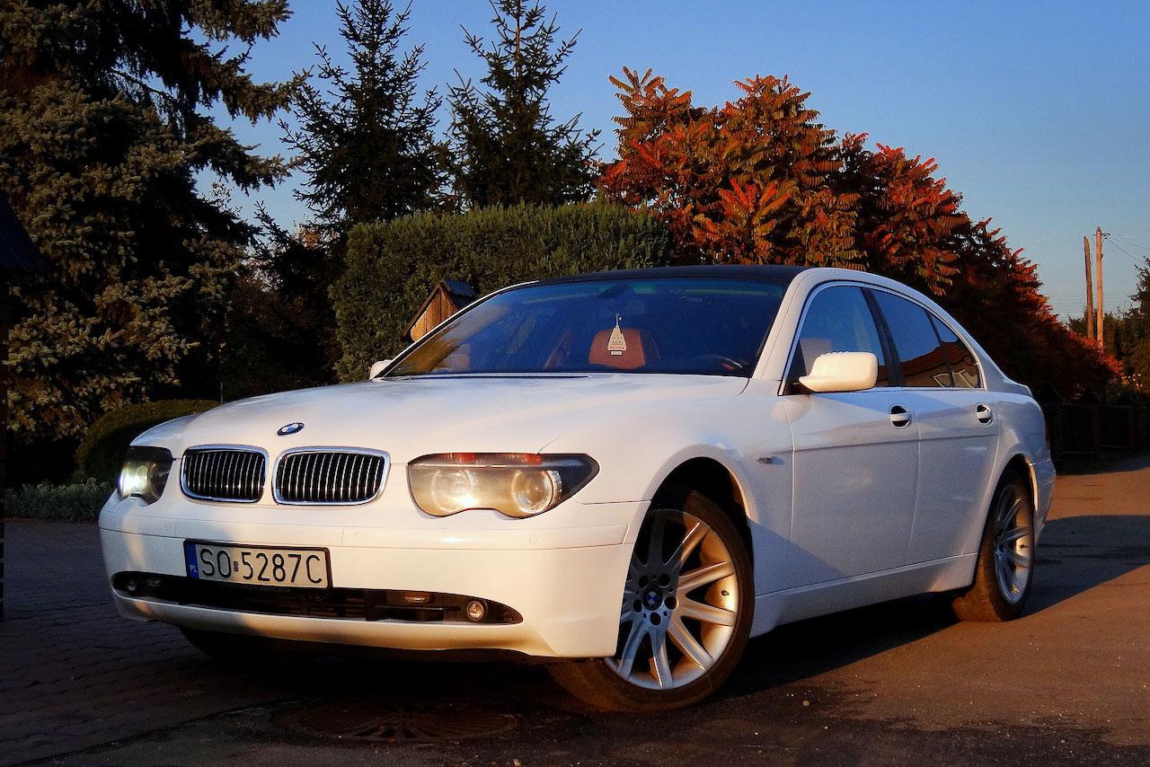 Oklejanie Folią BMW Biały Połysk