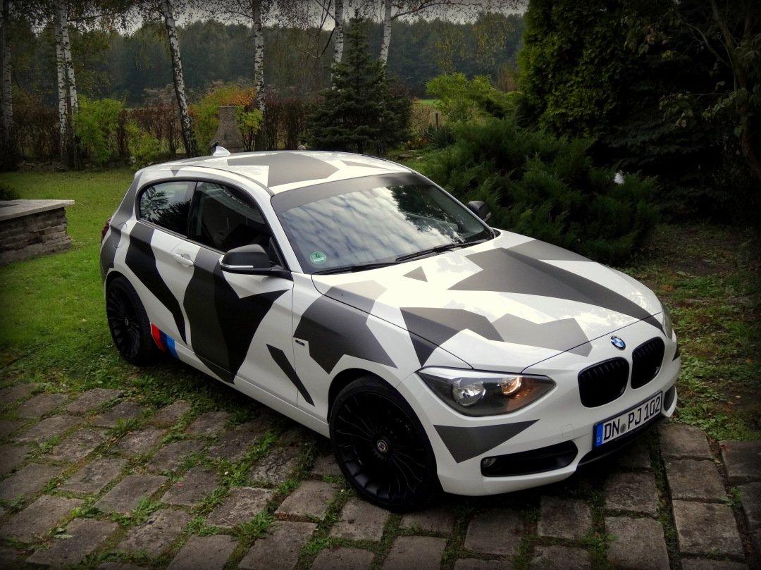 Folia Wojskowy Kamuflaż na Auto BMW