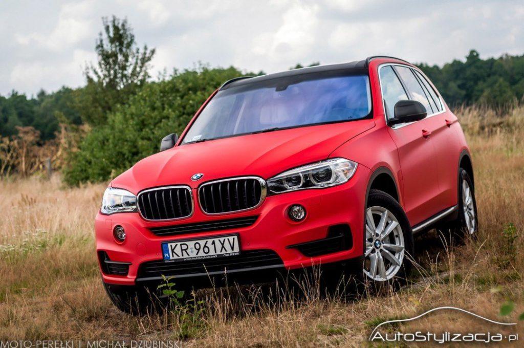 Oklejanie Auta Folią w BMW X5