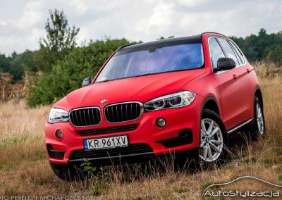 Zmiana Koloru w BMW X5 F15 na Czerwony Mat