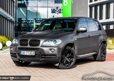 Oklejanie Folią Szary Mat Auta BMW X5