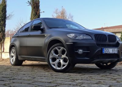 BMW X6 Black Satin