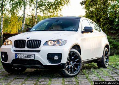 Stylizacja Auta BMW X6 z Folią Satynowa Biała Perła