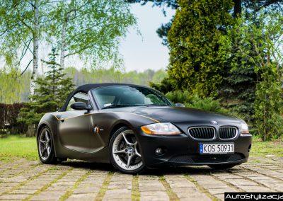 Zmiana Koloru Auta BMW Z4 Folią Black Satin