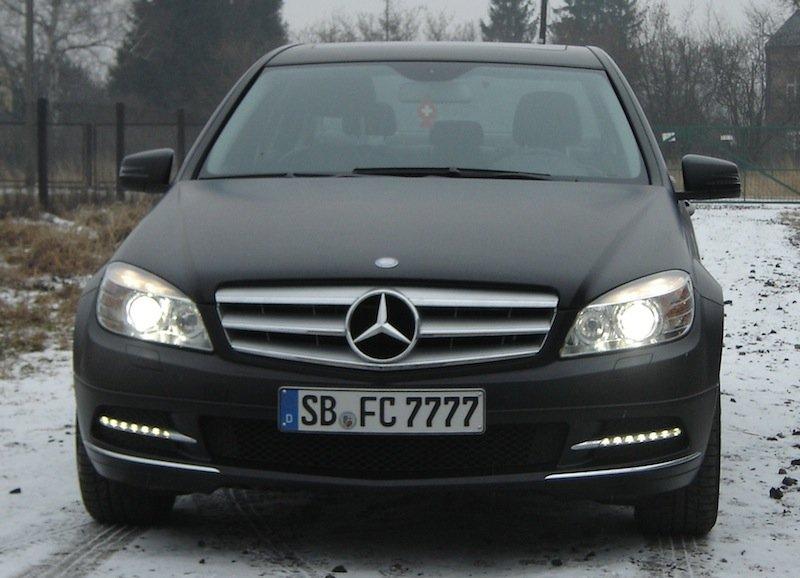 Oklejanie Samochodów Mercedes Folią