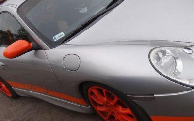 Demontaż częściowy folii z Porsche 911