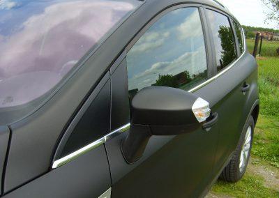 Ford Kuga Folia Czarny Mat