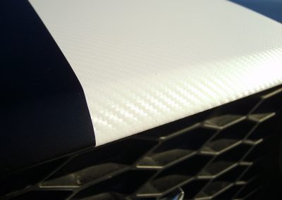 Ford Mustang Biały Karbon