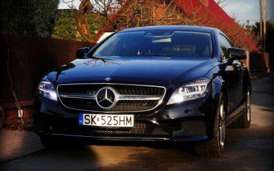 Oklejanie Lakieru Auta Mercedes CLS Folią Czarny Metalik