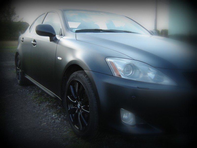 Oklejanie Karoserii Samochodu Lexus