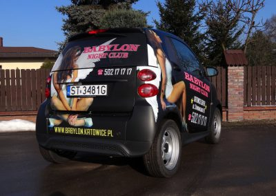 Grafika reklamowa na samochodzie Smart