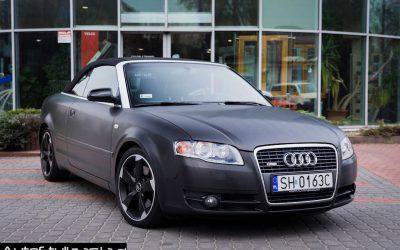 Folia Brushed Black Metallic na Samochodzie Audi A4
