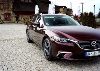 Oklejanie Lakieru Samochodu Mazda 6 Kombi Folią 3M