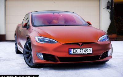 Oklejanie Samochodu Tesla S Folia do Aut od KPMF Autumn Fire
