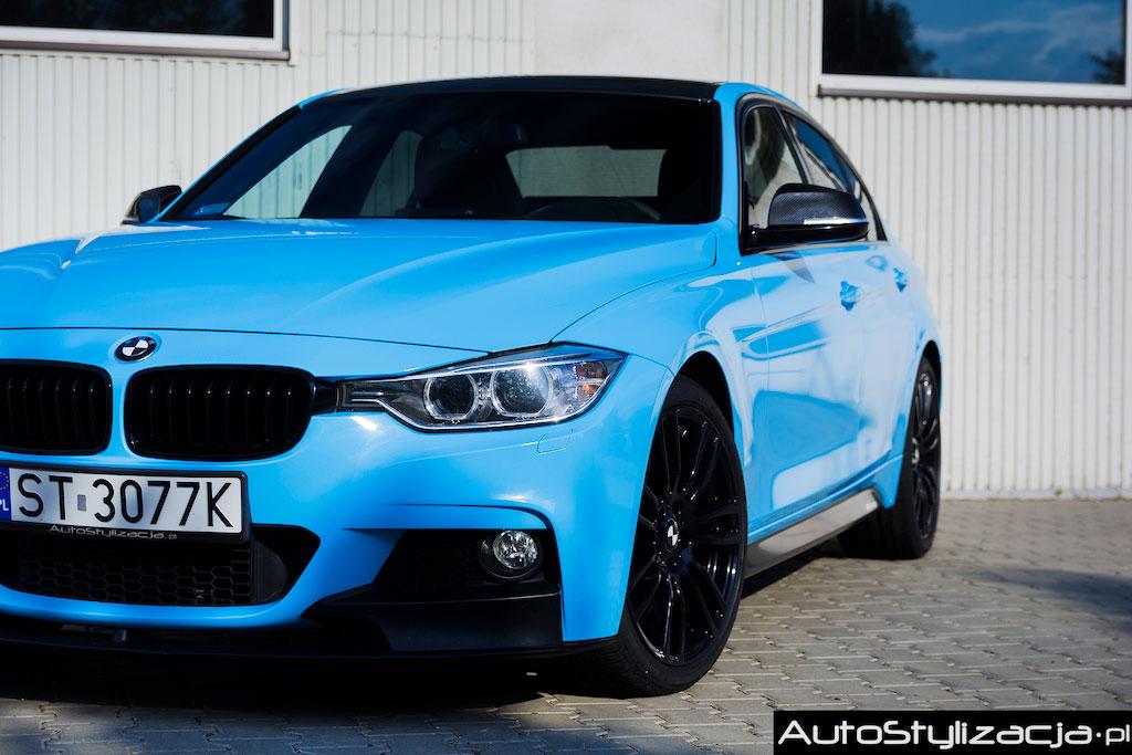 Oklejanie Dodatków BMW F30