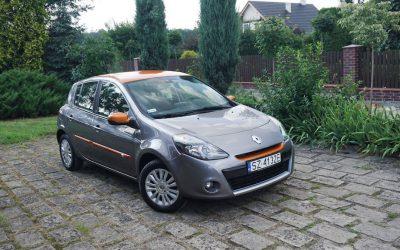 Oklejanie Folią 3M Wybranych Elementów Karoserii w Renault Clio