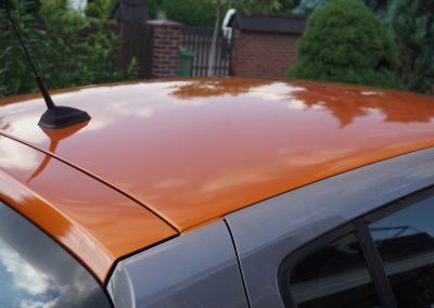 Oklejanie Folią Dachu w Renault Clio