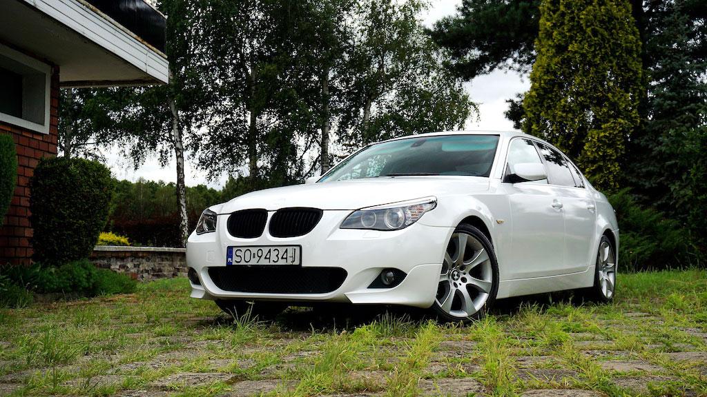 Oklejanie Folią Pojazdu BMW