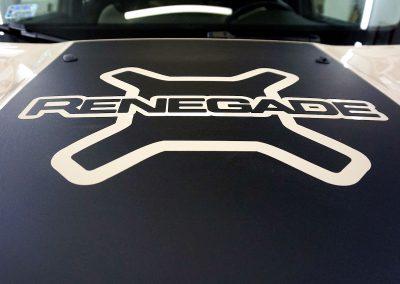 Reklama na Samochodzie Jeep Renegade