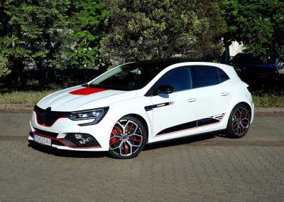 Stylizacja Nadwozia w Samochodzie Renault Megane