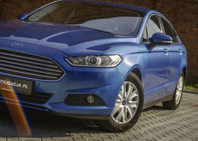 Zmiana Koloru Auta Ford Mondeo z Folią od 3M